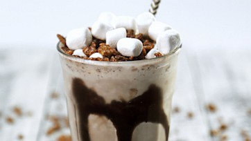 Crazy Cocoa Cereal Shake
