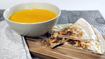 Creamy Carrot Tomato Soup