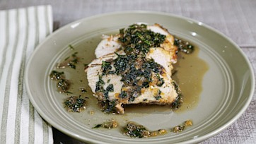 Pan-Roasted Chicken with White Wine Sauce
