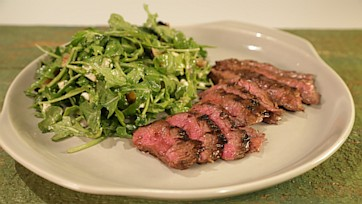 Grilled Skirt Steak & Arugula Salad