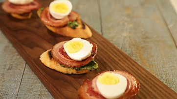 Italian Bacon & Egg Bruschetta