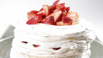 Meringue Cake with Mascarpone and Strawberries: Part 2