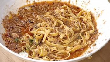 "Quick Mushroom ""Bolognese"" Recipe"