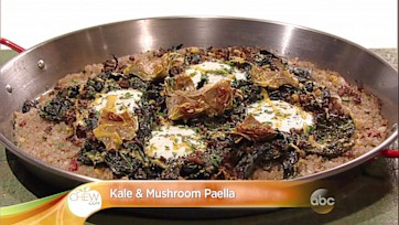 Kale and Mushroom Paella: Part 1