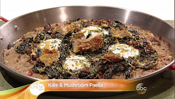 Kale and Mushroom Paella: Part 2
